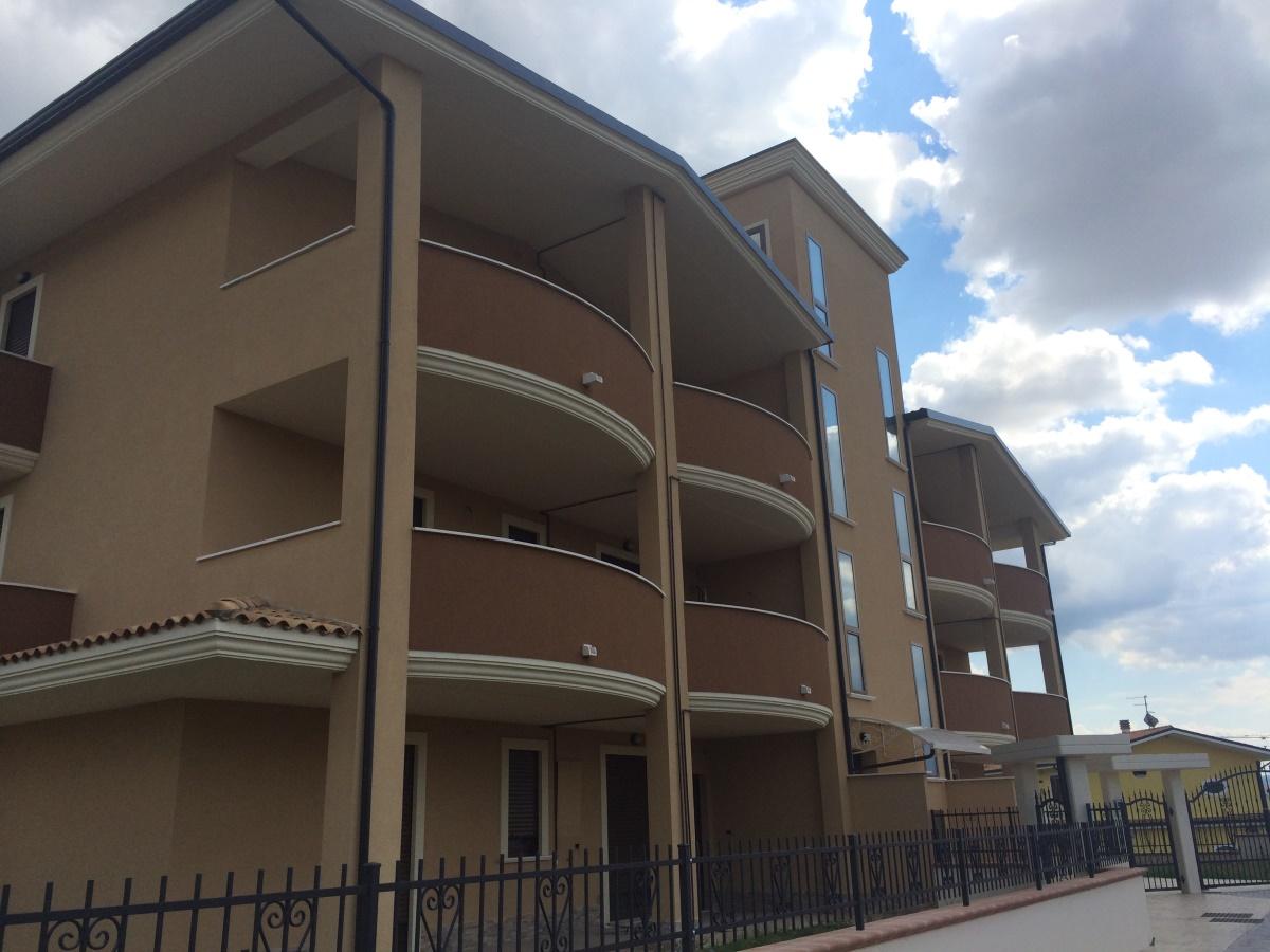 Appartamento in Vendita Rosciano